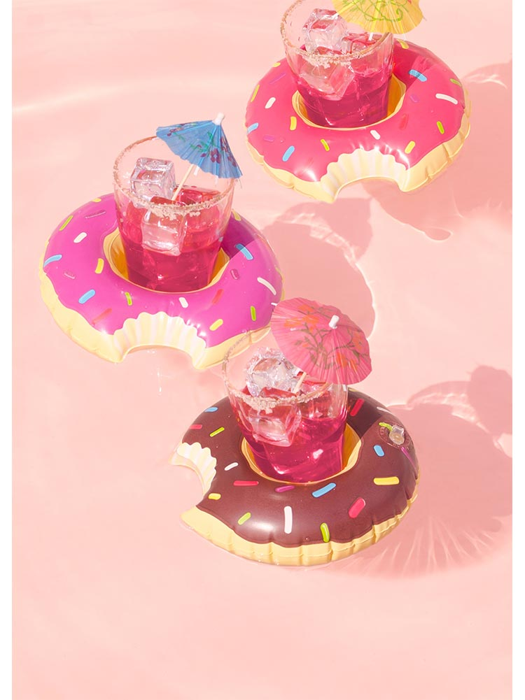 Cocktails donuts